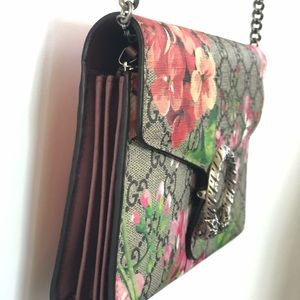 af0b05ebf043 Gucci Bags | Dionysus Blooms Print Mini Chain Bag | Poshmark